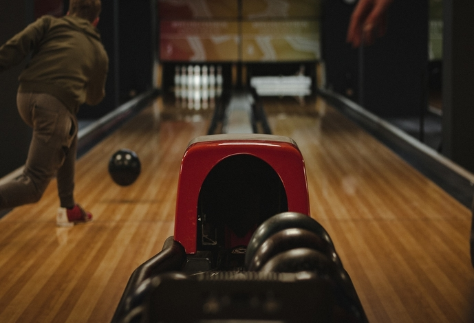 Chicago Bowling Alley Cleaning Services